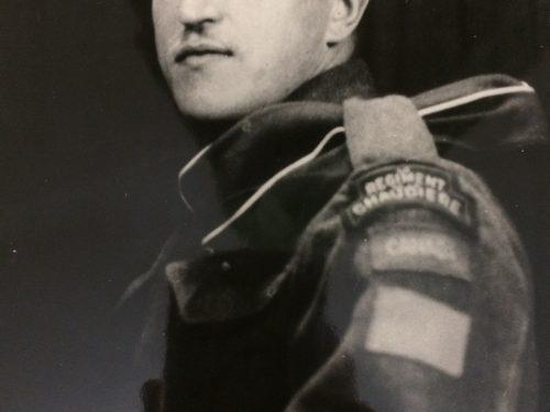 Paul Ouellette (1918-1944), soldat du Régiment de la Chaudière, date : vers 1941, coll. : famille Cécile Ouellette et Moïse Boucher