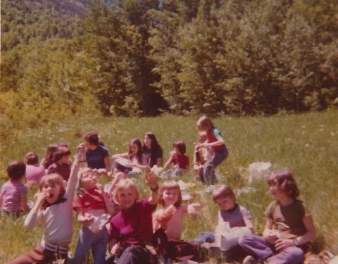 Pique-nique champêtre, photo date : juin 1974, coll. : Marina Boucher