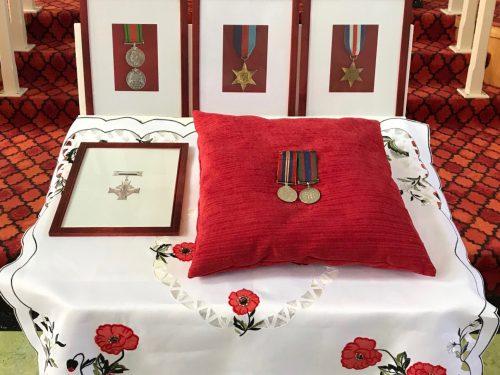 Médailles remises au soldat Ouellette à titre posthume, date : 1er juillet 2018, photo : Paul-Roger Boucher