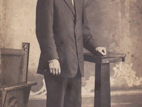Bélonie Boucher dans sa jeunesse, date : 192?, coll. : Ernest Boucher