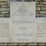 Plaque commémorative de la stèle des Canadiens, date : juin 2016, photo : B. Boucher