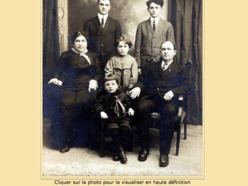 Claire-Alexina (1902 -?) fille d'Eugène avec sa famille, date non précisée, archives de la ville de Newmarket.