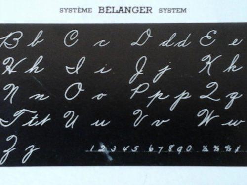 Buvard présentant l'art de la calligraphie selon le système Bélanger enseigné à l'époque, date : années 1958, coll. : Lauraine Bernier