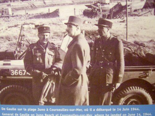 Visite du général de Gaulle à Bayeux le 14 juin 1944, photo : B.Boucher au mémorial de Juno Beach, le 16 juin 2016