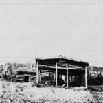 Camp de la famille de Bélonie Boucher et Alvine Lemieux, date : inconnue, fond Jeanne Vallée, coll. Huguette Boucher