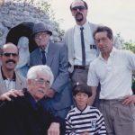 Visite à la grotte; (à l'avant) : Roland, Léonard, Ariane, Ernest Boucher; (à l'arrière) : Jules et Pierre Boucher, date : 1991, photo : Blandine Mercier.