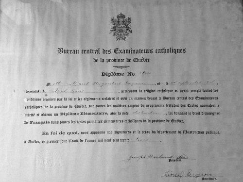 Diplôme d'enseignement dispensé par le Bureau central des examinateurs catholiques, date : 1933, coll. : Lauraine Bernier