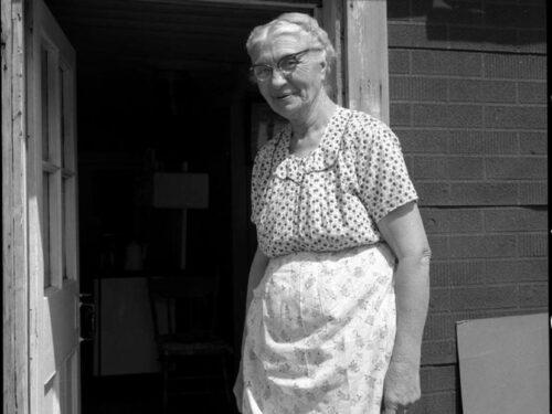 Mélanie Boucher (1889-1983) fille de Georges et Odile Fournier, date non précisée, coll. : Georges Fournier