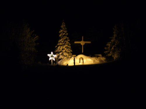 Le site de la croix décoré de l'étoile pour les Fêtes, date : décembre 2016, photo : Blandine Mercier.