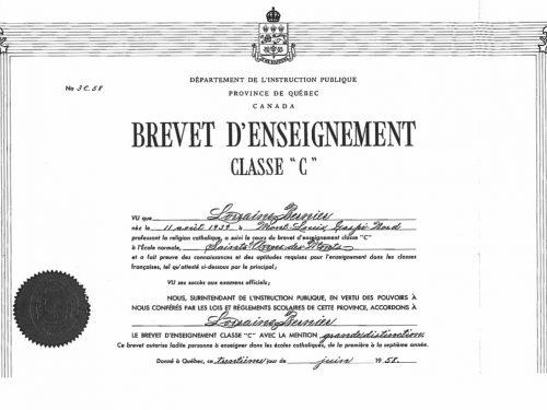 Brevet d'enseignement obtenu à l'École normale de Sainte-Anne-des-Monts et remis par le département de l'Instruction publique, date : 1958, coll. : Lauraine Bernier
