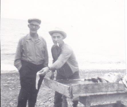 Amédée Boucher et son frère Edmond, vers 1967-70, photo: Marguerite Boucher