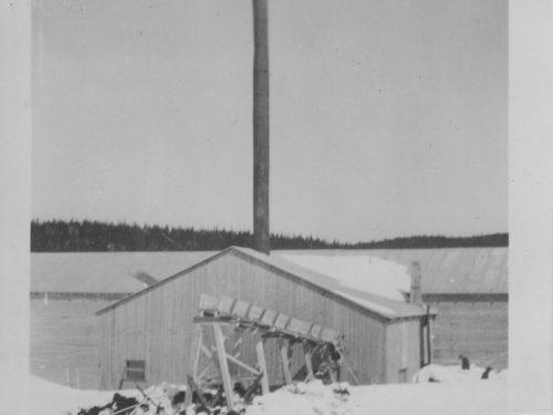 Moulin à scie du lac à Jimmy, date: 194-?, coll.: Thérèse Bond